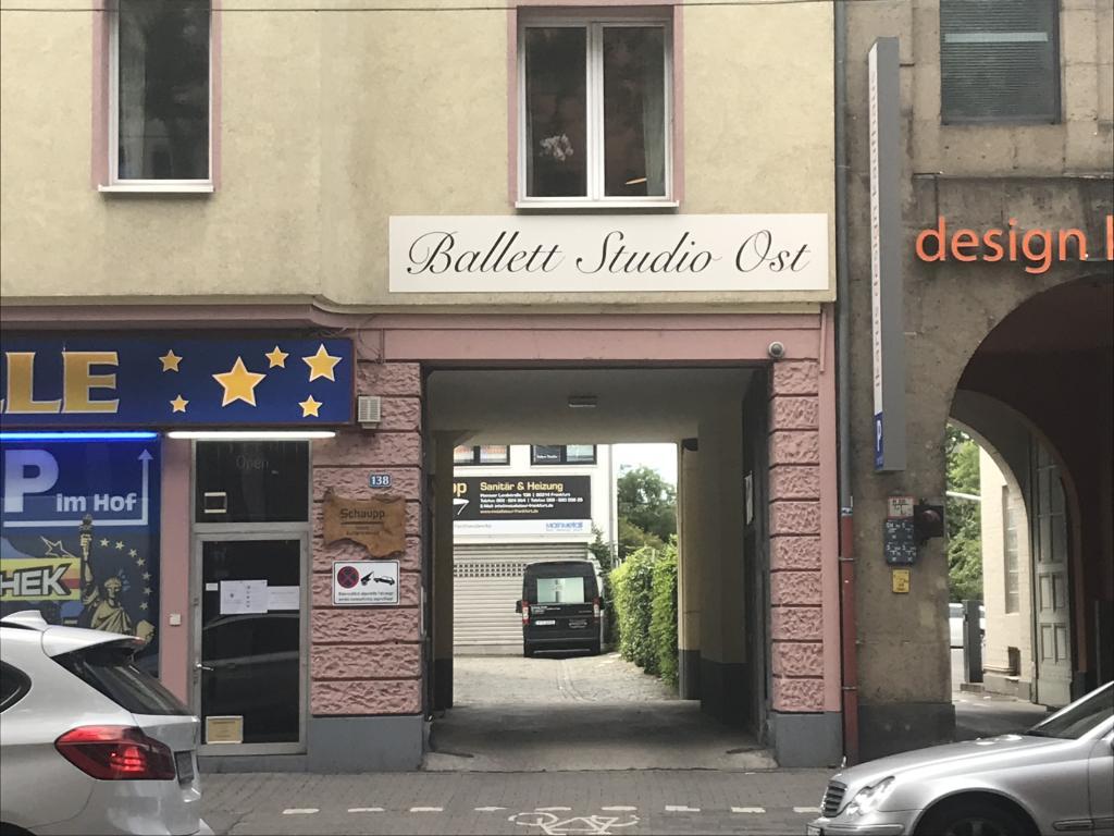 Schild-Ballettstudio-Ost.JPG